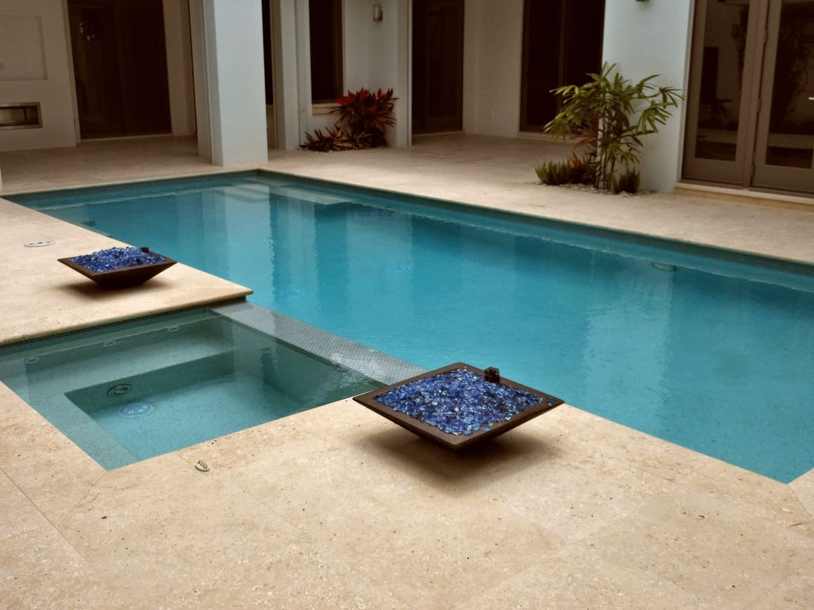 Atlantic Shell Stone Honed Unfilled Pool Deck With Bn Coping